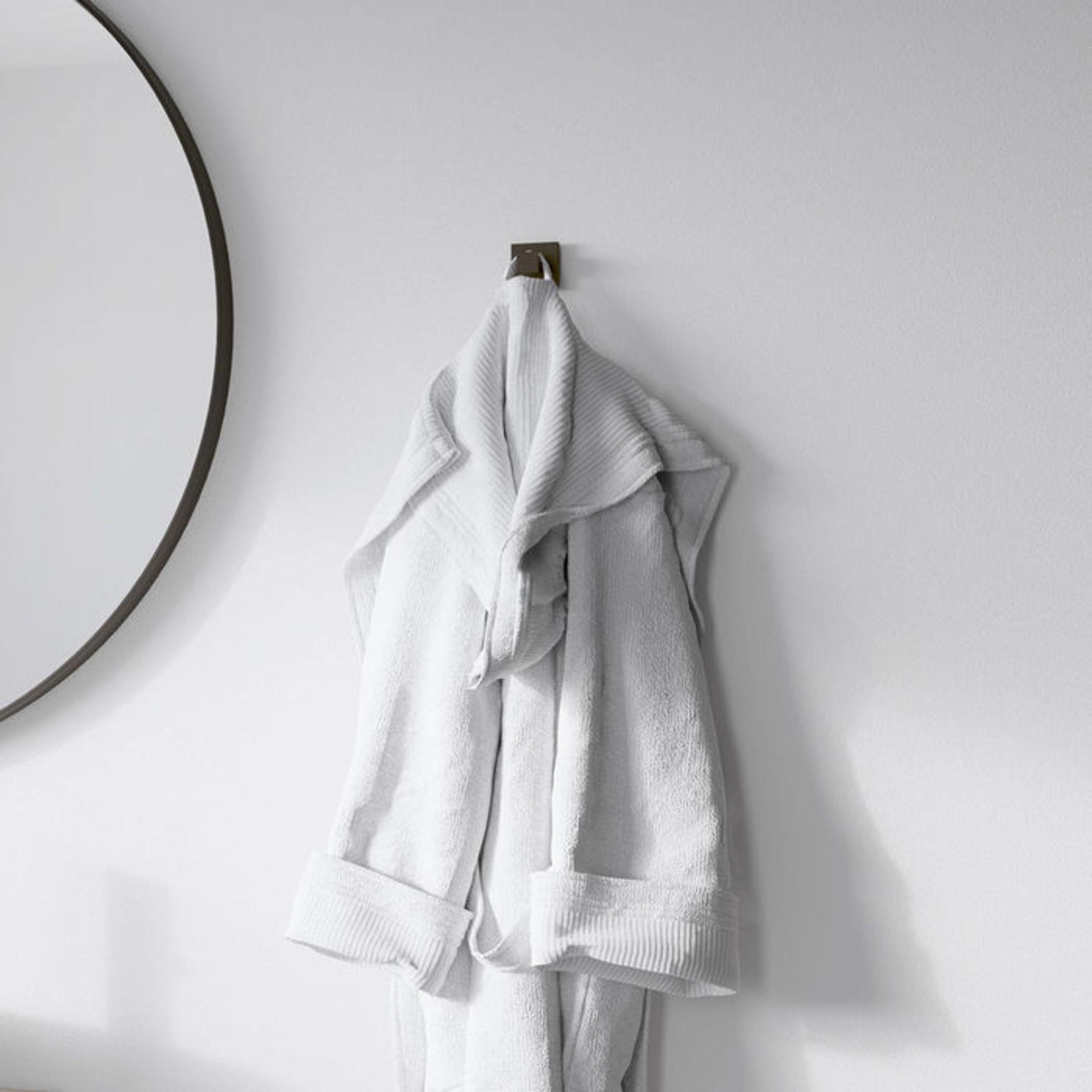 Lot 30 - (DA79) Iker Black Robe Hook Statement aesthetic for minimalist appeal Luxurious, corrosion