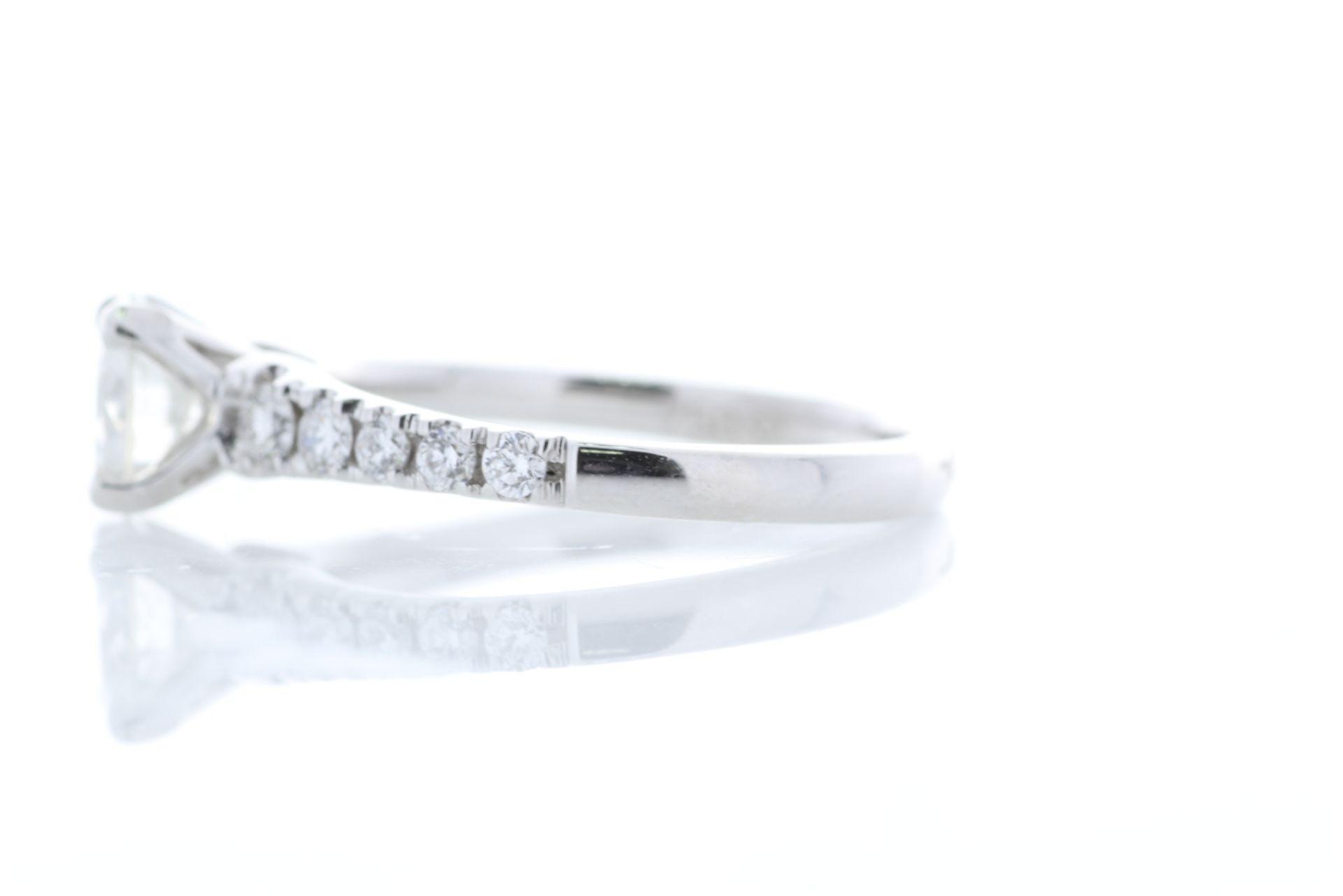 Lot 26 - 18k White Gold Single Stone Prong Set With Stone Set Shoulders Diamond Ring (0.91) 1.22