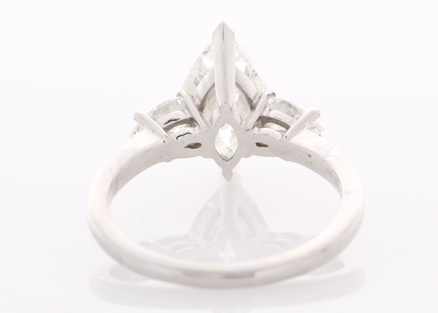Lot 55 - 18ct White Gold Three Stone Claw Set Diamond Ring 2.51
