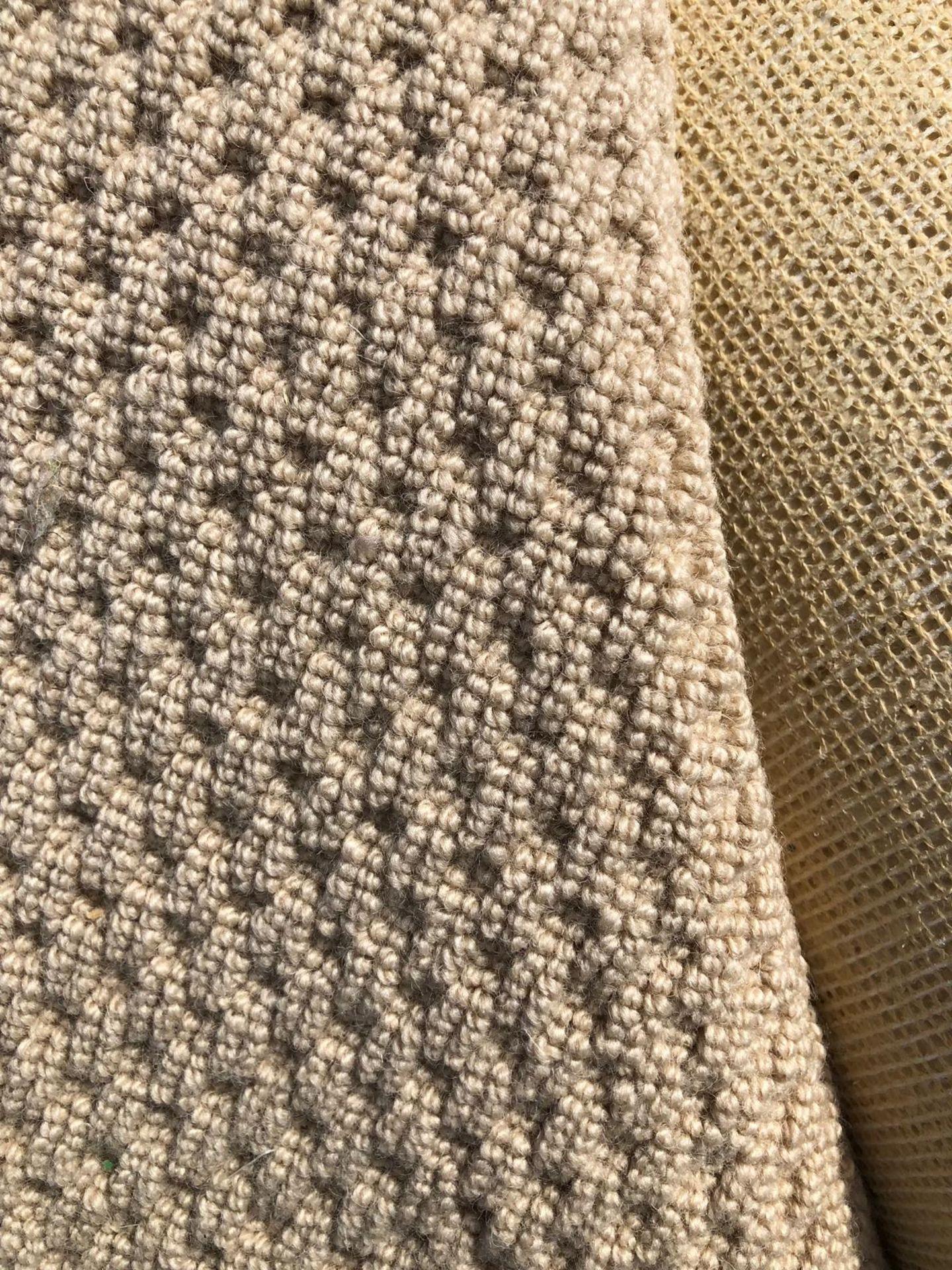 Lot 8 - Korsa Wool 5M x 2.5M