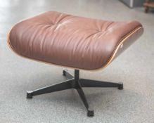 Charles & Ray Eames, Ottoman, Schale aus Palisanderholz, Bezug, Leder, mittelbraun.Hersteller Vitra,