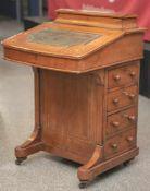 Reiseschreibmöbel, Davenport, England 19. Jahrhundert, Mahagoniholz mit feinen Einlagenaus