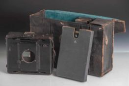 Anschütz-Klappkamera, C. P. Goerz, Berlin, Anfang 20. Jahrhundert, Plattenformat 13 x 9cm,