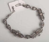 Antike Uhrenkette (2. Hälfte 19. Jahrhundert), Silber, L. ca. 35 cm, Gewicht ca. 25 g.Altersbed.