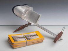 Stereo Bildbetrachter (um 1900), Dreidimensionaler Papierbildbetrachter aus Aluminium, mitdiversen