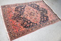 Sarough-Orientteppich (Amerika), florales Muster, handgeknüpft, ca. 197 x 128 cm.Gereinigt.- - -21.