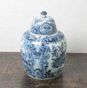 Deckelvase aus Keramik (Delft, Unterbodenmarke, 19. Jahrhundert), Blumendekor m.Darstellung der