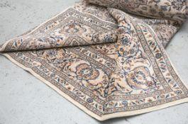 Nain Perserteppich (Kaschan, Iran), handgeknüpft, Wolle auf Baumwolle, ca. 423 x 288 cm.- - -21.00 %