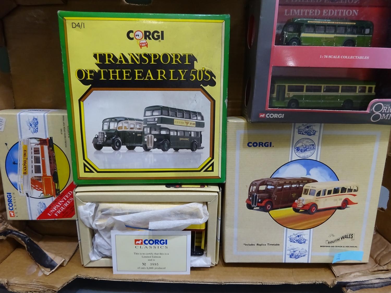 Lot 171 - 118 Corgi Bus collection (5 items, box 118)