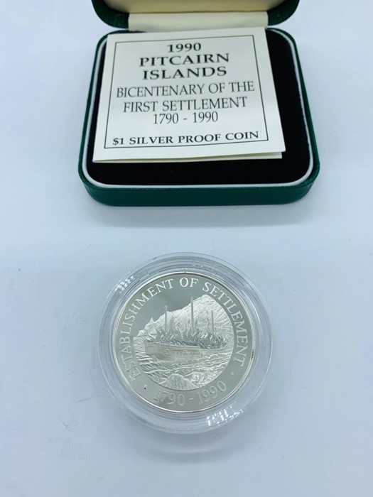 Lot 1 - A 1990 Pitcairn Islands Bicentenary of the first settlement 1790-1990 $1 silver proof coin.