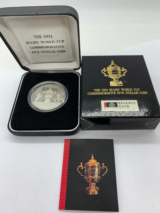 Lot 29 - The 1991 Rugby World Cup Commemorative silver Five Dollar Coin