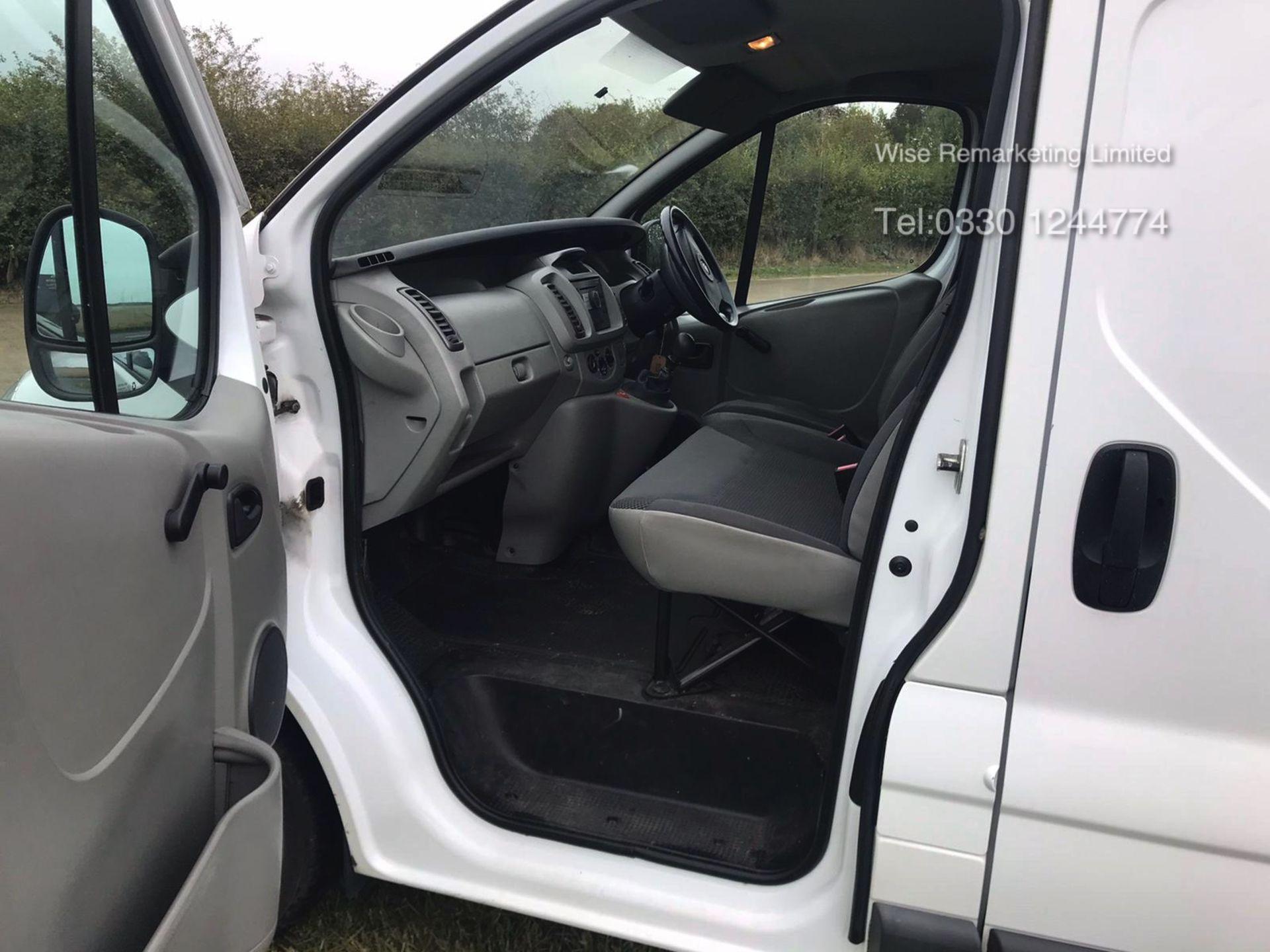 Lot 34 - Vauxhall Vivaro 2700 2.0l Cdti - 2010 10 Reg - 1 Keeper From New