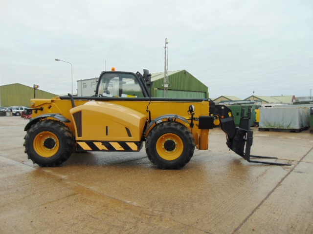 Lot 31 - 2014 Caterpillar TH414C GC 3.6 ton Telehandler