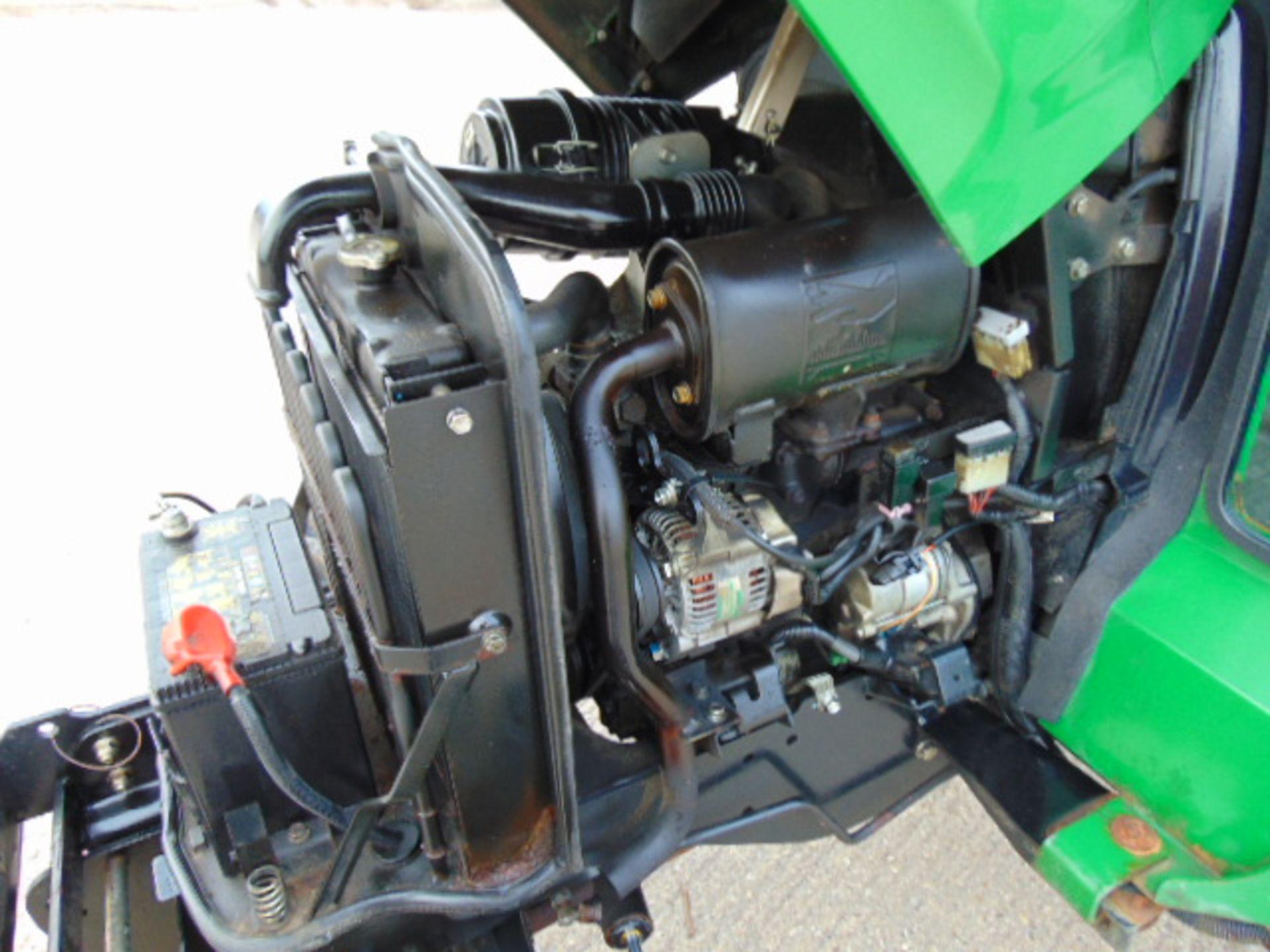 Lot 1 - John Deere 2320HST 4WD Tractor