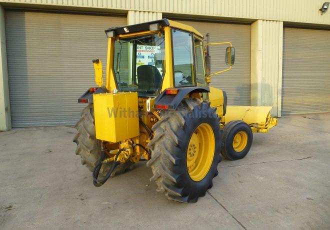 Lot 12 - Valmet 365 Utility sweeper Tractor