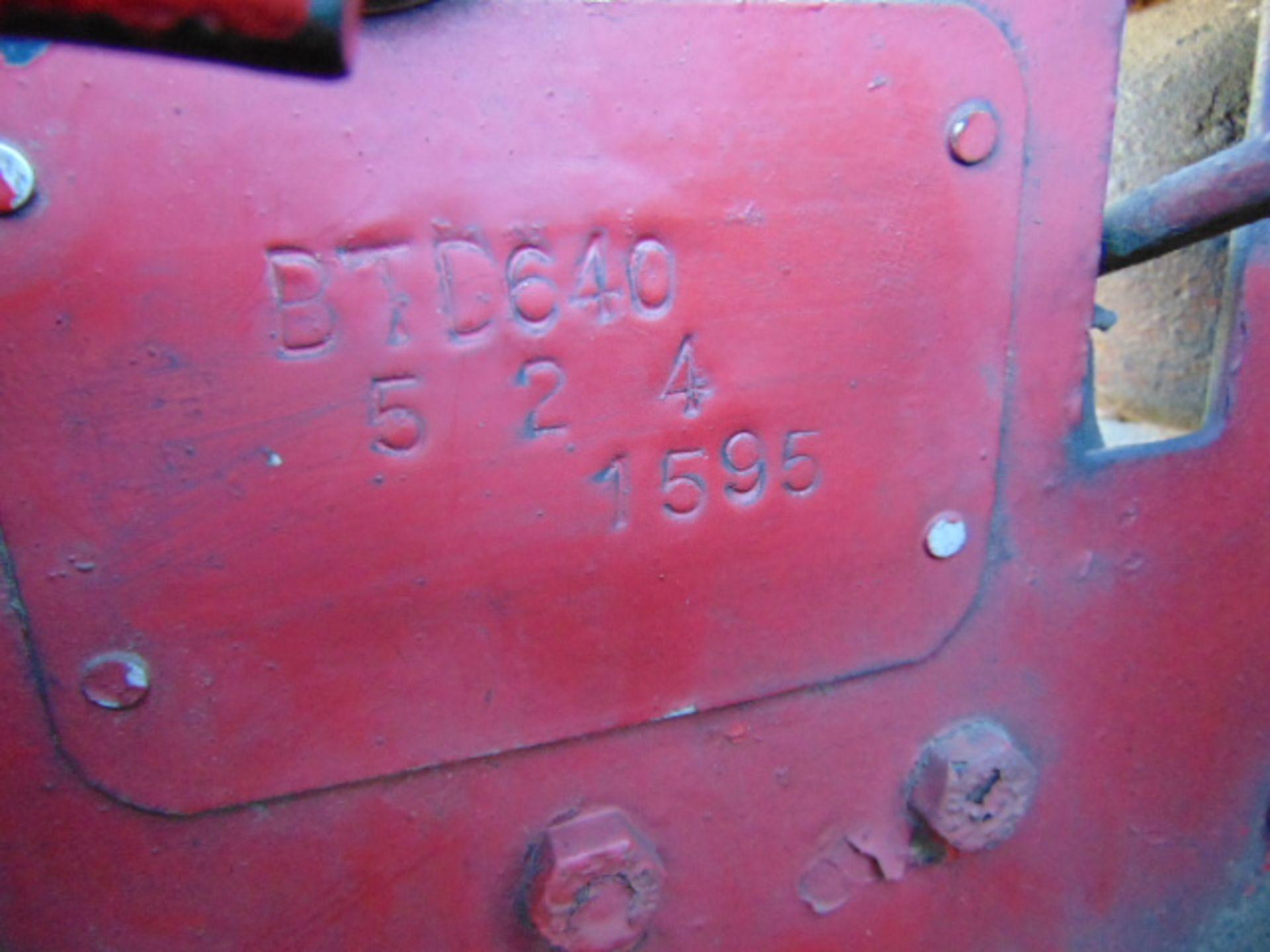 Lot 32 - Vintage Very Rare International Harvester BTD6 Crawler Tractor