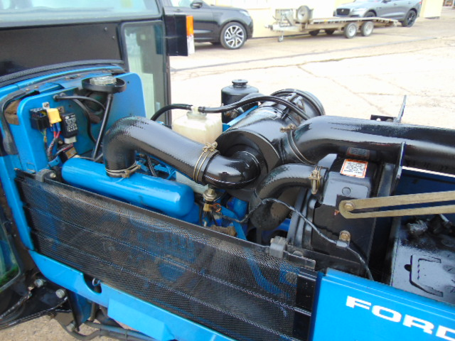 Lot 16 - Ford New Holland 2120 4WD Tractor