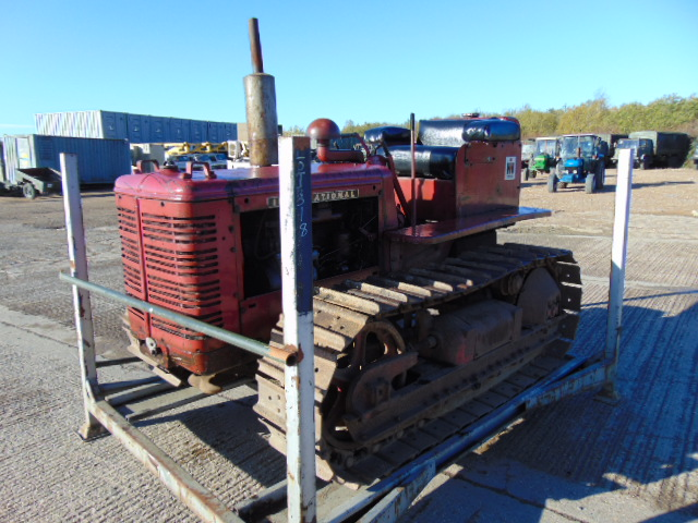 Lot 32 - Vintage Very Rare International Harvester BTD6 Crawler Tractor