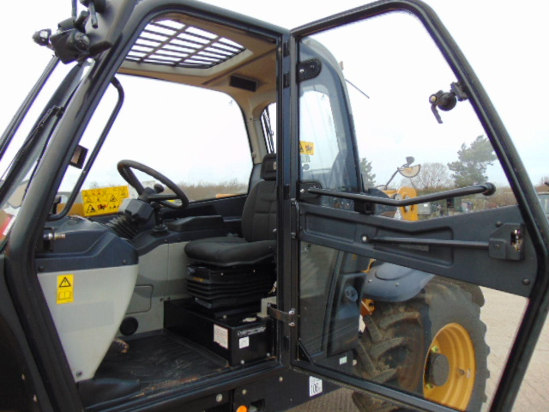 Lot 25 - 2014 Caterpillar TH414C 3.6 ton Telehandler