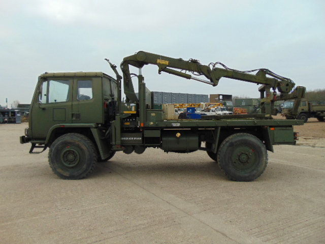 Lot 20 - Leyland DAF 4X4 Truck complete with Atlas Crane