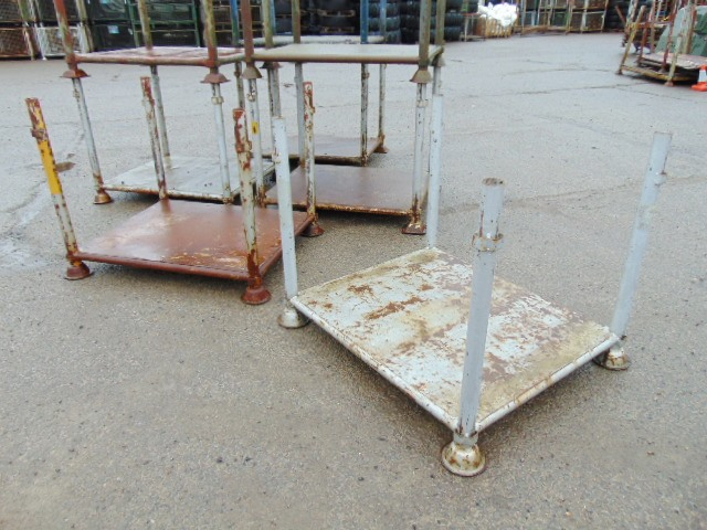 Lot 43 - 8 x Nato Stacking Post Pallets