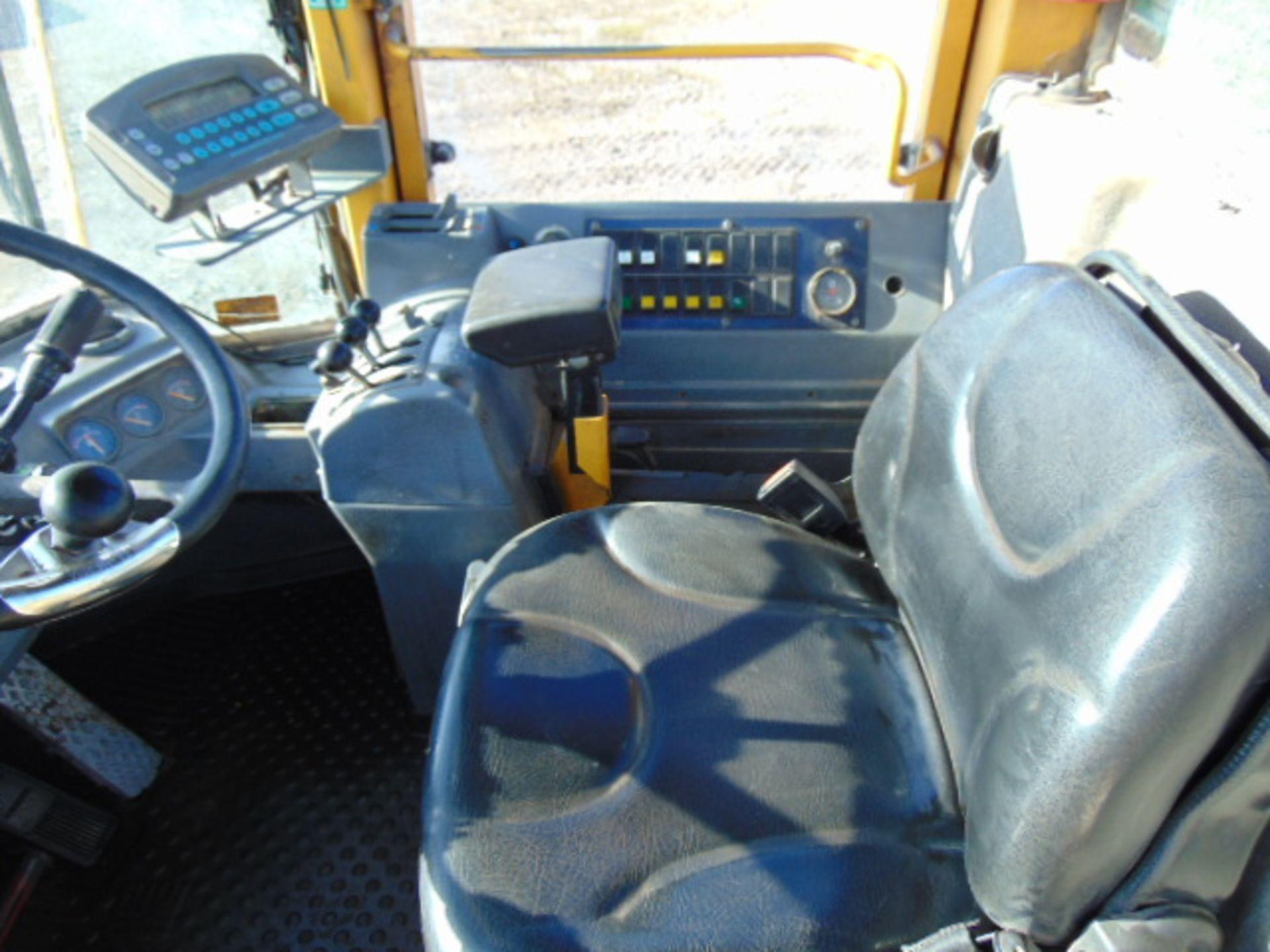 Lot 40 - Volvo BM L120C Wheel Loader C/W Quick Hitch High Tip Bucket