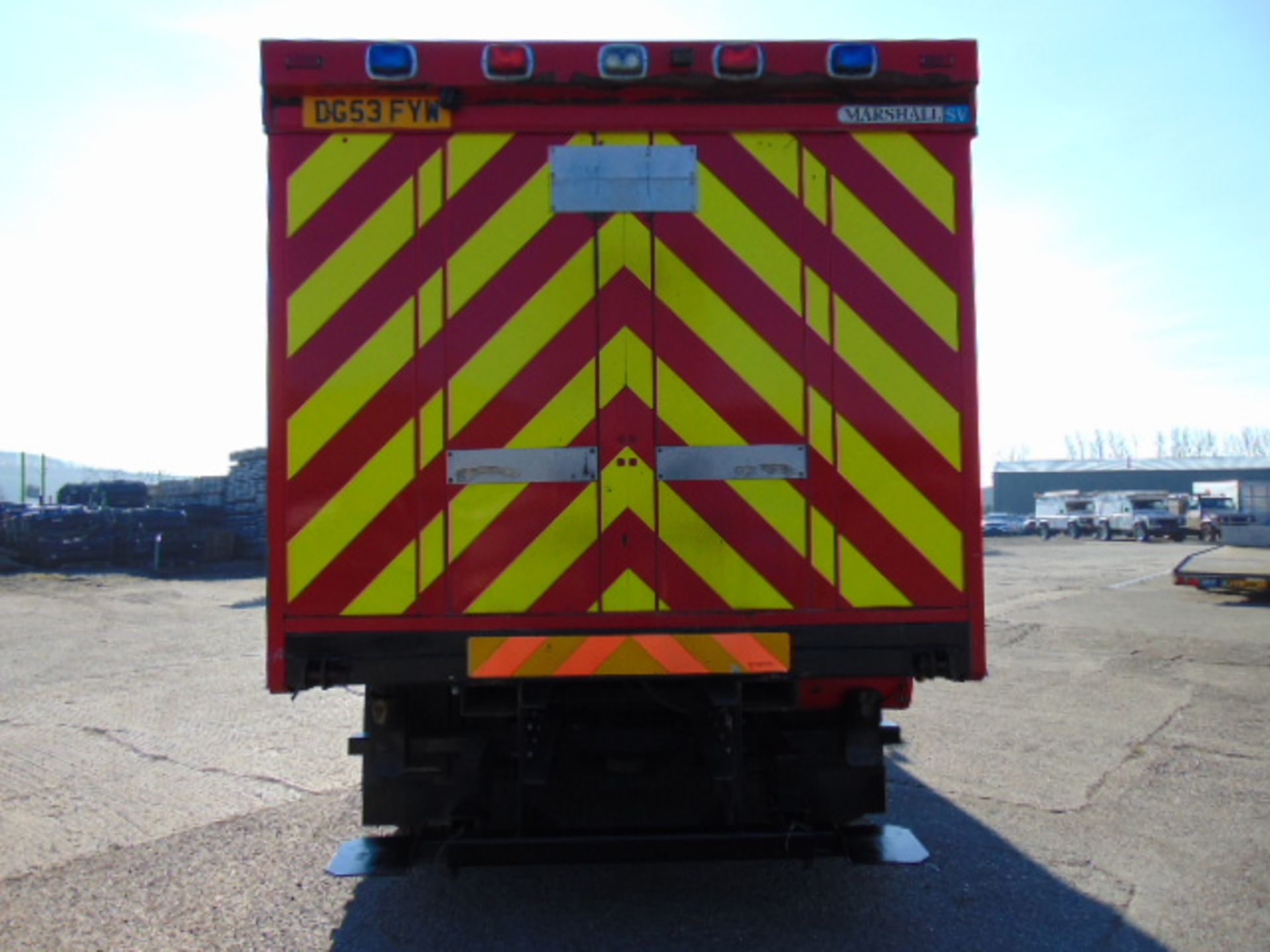 Lot 36 - 2004 MAN TG-A 6X2 Rear Steer Incident Support Unit ONLY 19,854 KM!!