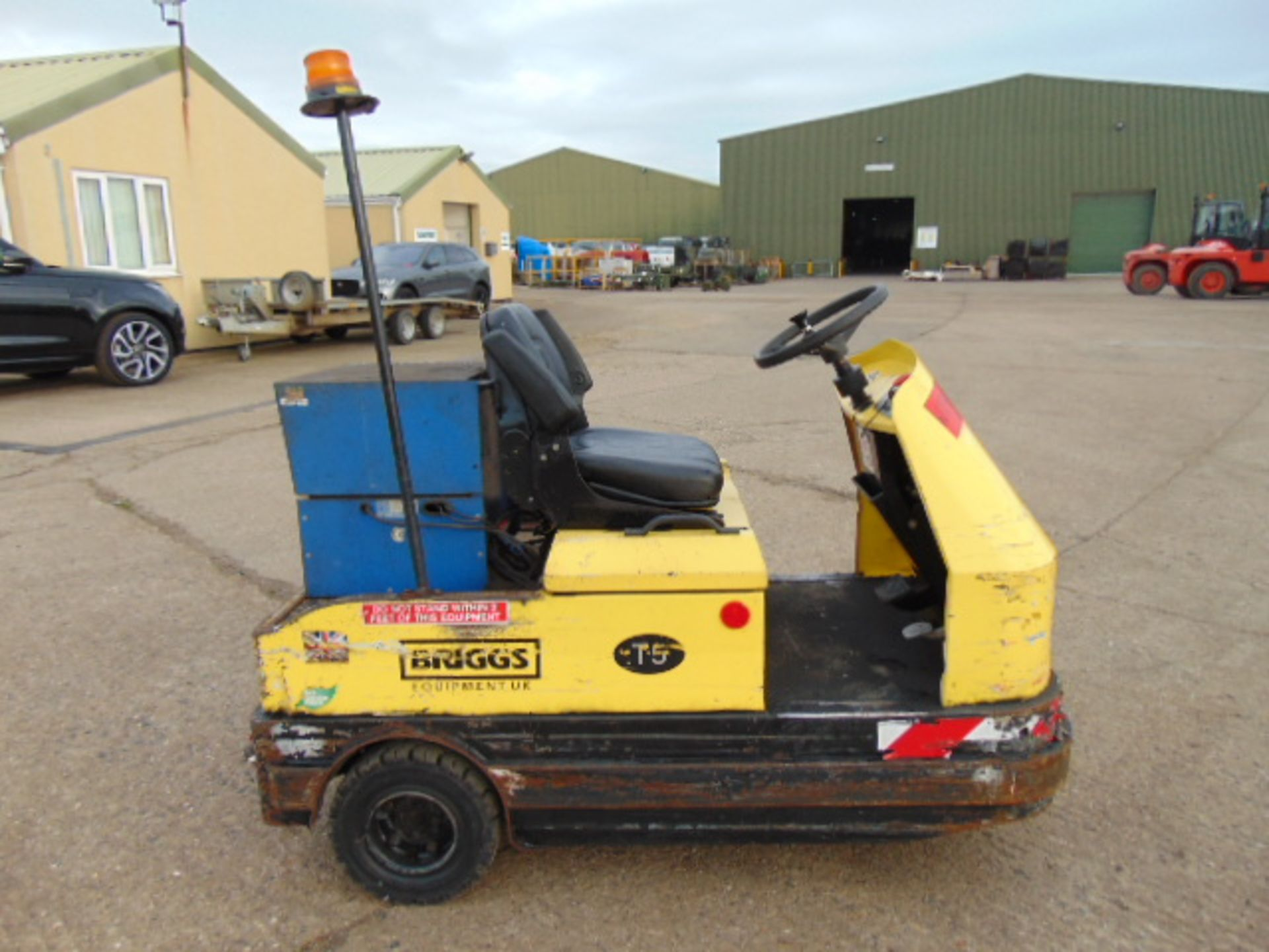 Lot 27 - 2010 Bradshaw T5 Electric Tow Tractor c/w Battery Charger