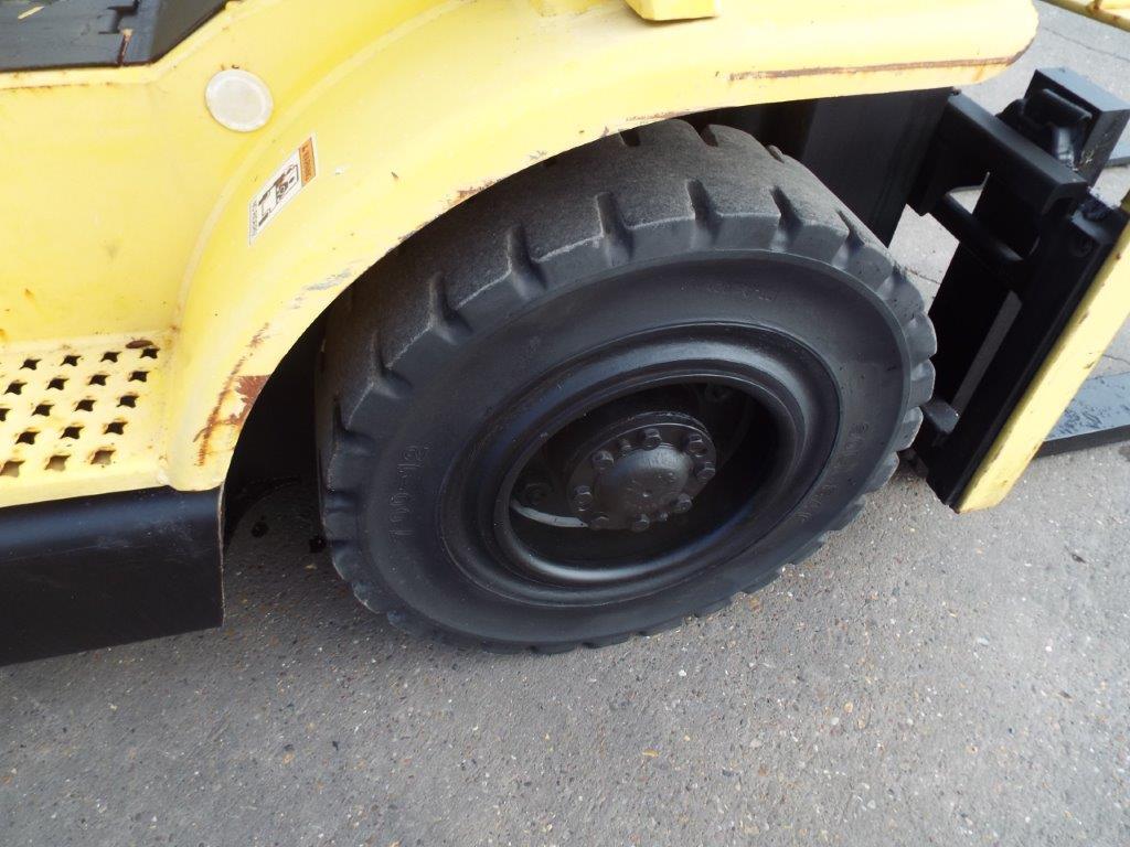 Lot 18 - Hyster H2.50XM Counter Balance Diesel Forklift
