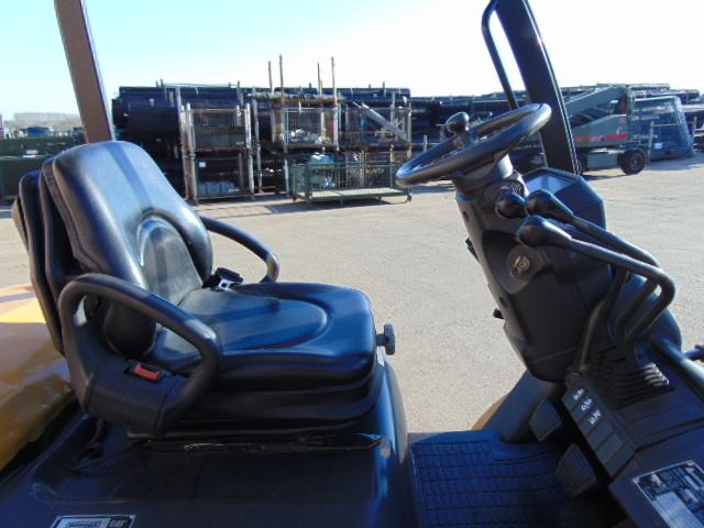 Lot 16 - Caterpillar DP20N Counter Balance Diesel Forklift