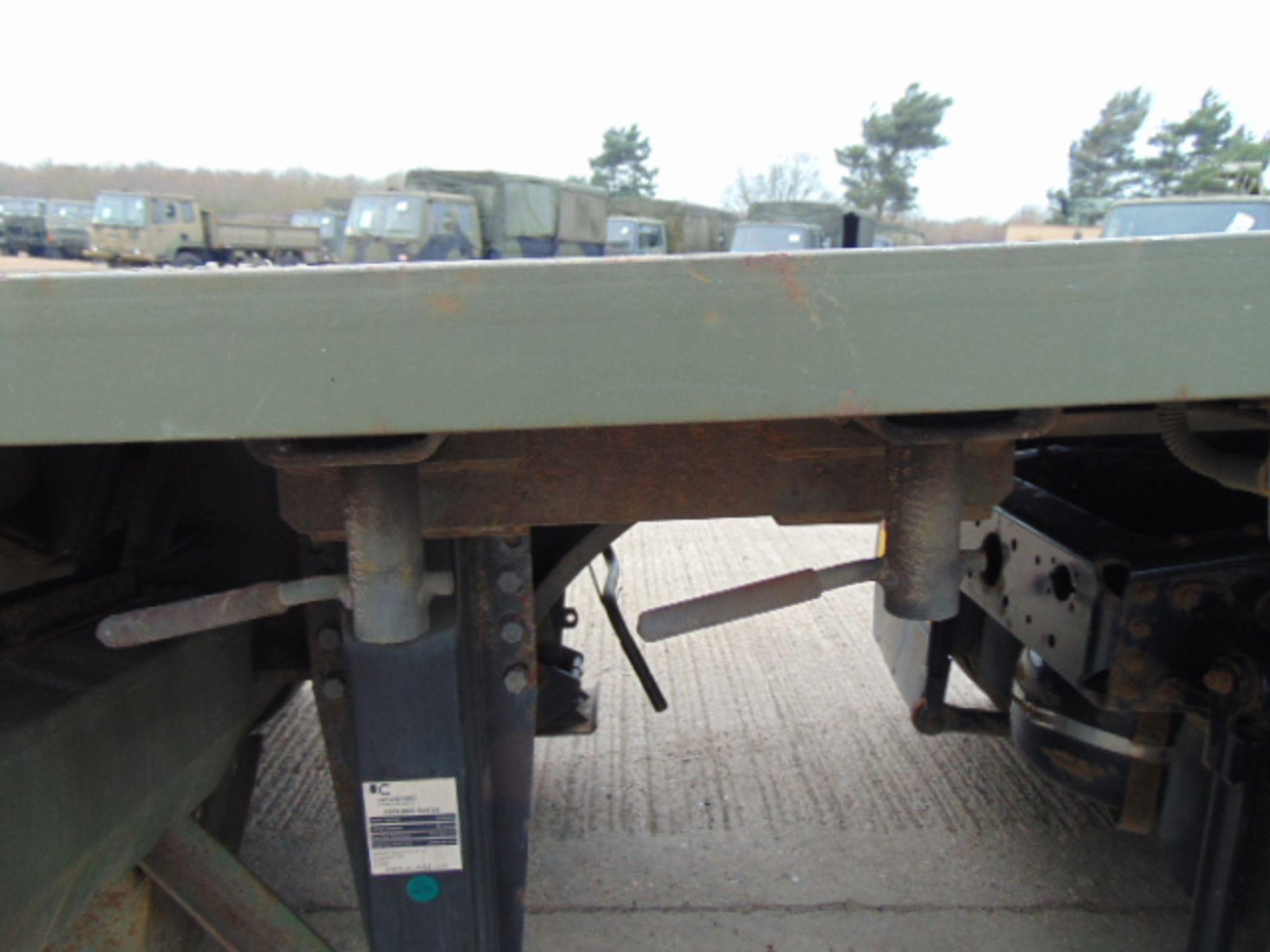 Lot 34 - 2002 Oldbury Tri Axle Sliding Deck Plant Trailer