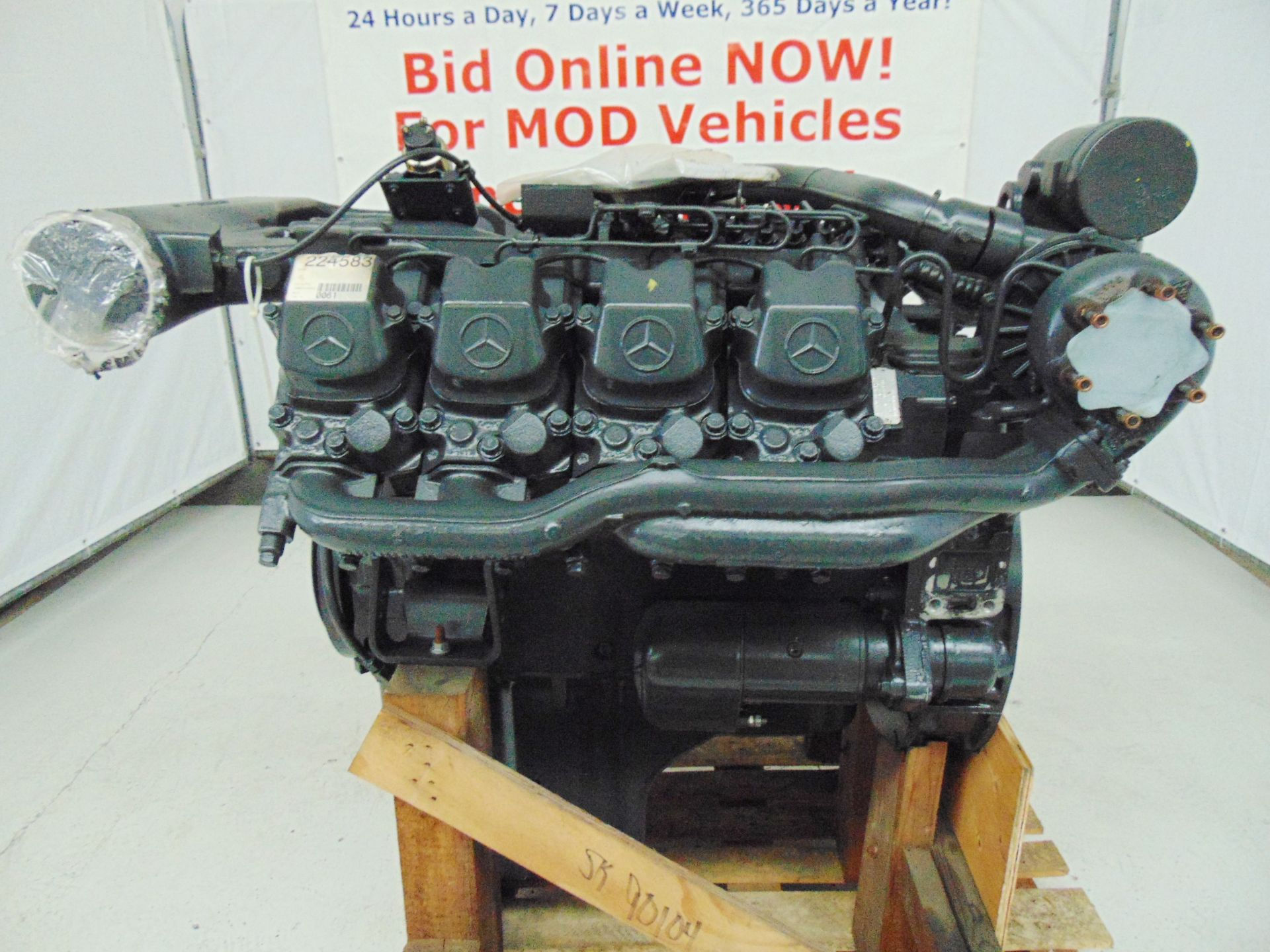 Lot 1 - Brand New & Unused Mercedes-Benz OM442LA V8 Twin Turbo Diesel Engine