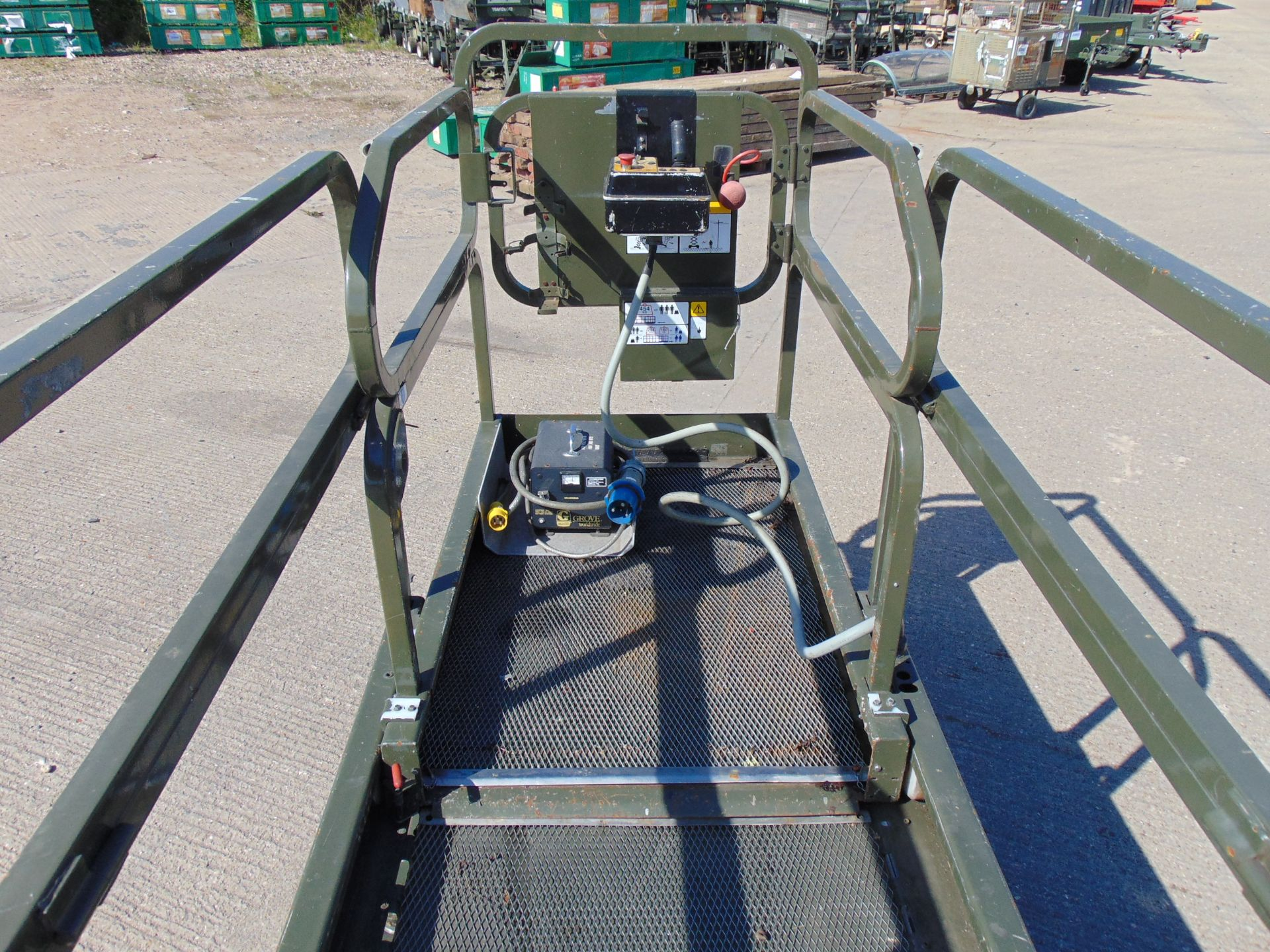 Lot 30 - Grove 2646BE Self Propelled Aerial Work Platform