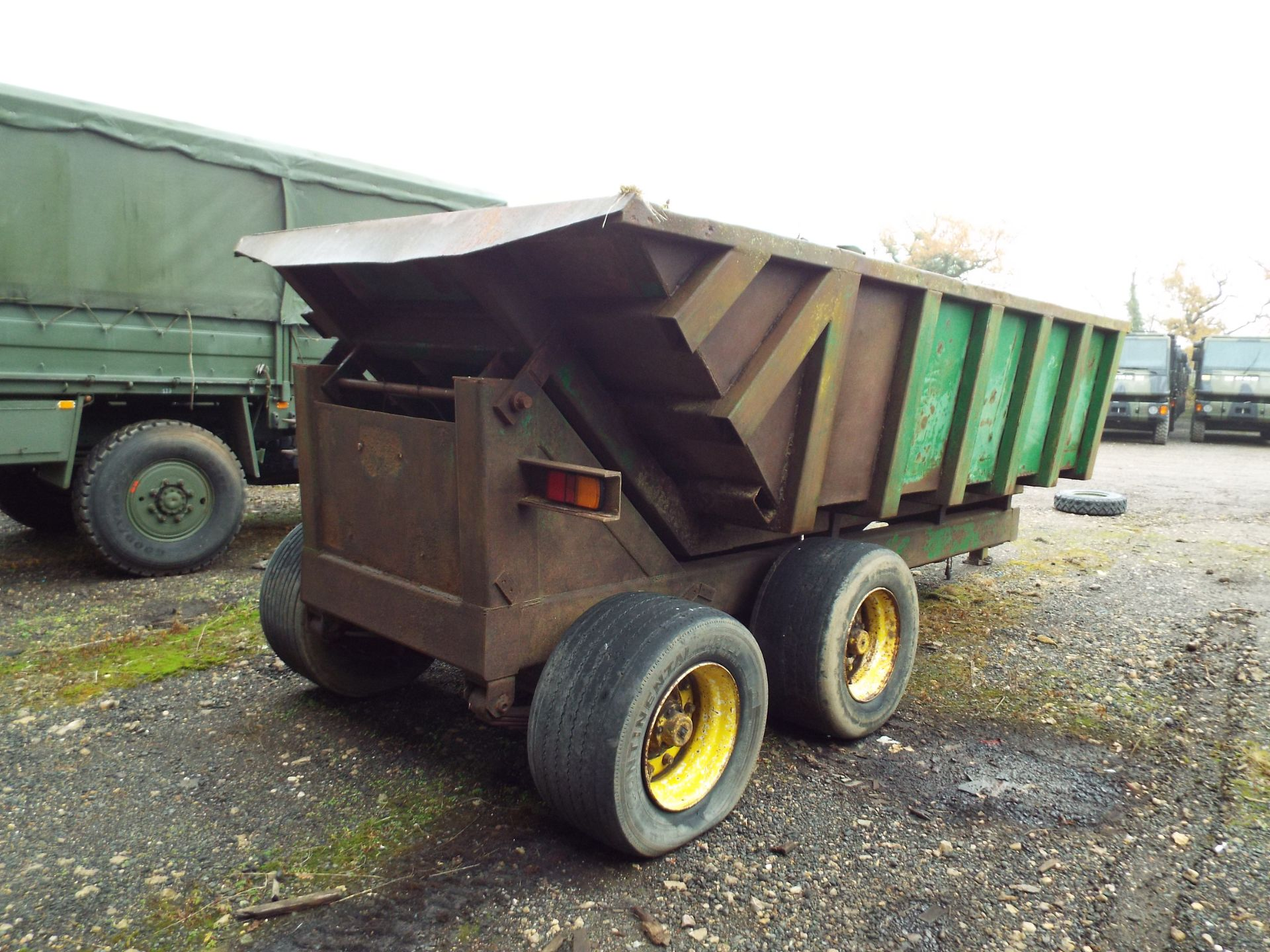 Lot 21 - Twin Axle Agricutural Tipping Trailer