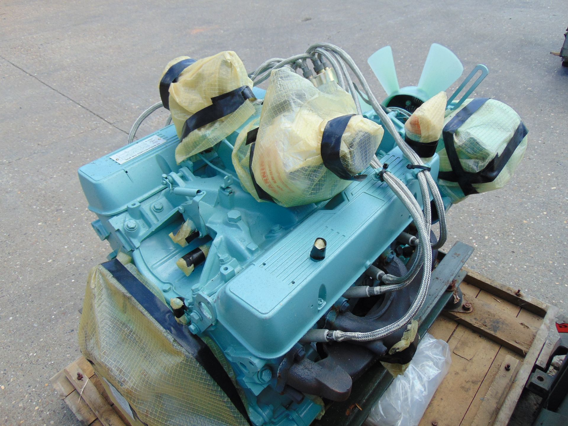 Lot 32 - A1 Reconditioned Land Rover Snatch 3.5 V8 Petrol Engine