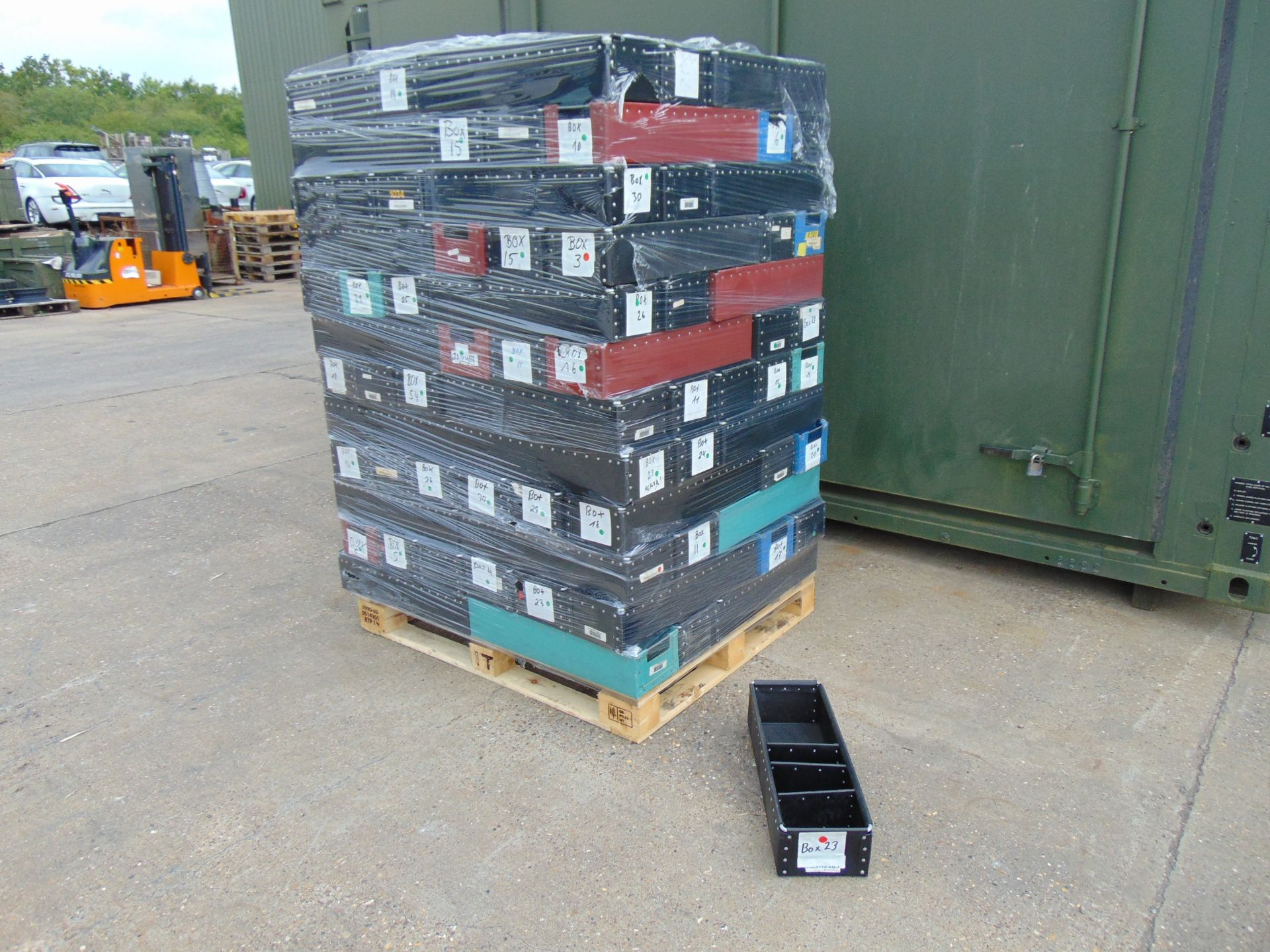 Lot 44 - 120 x Heavy Duty Tote Storage Boxes with Dividers
