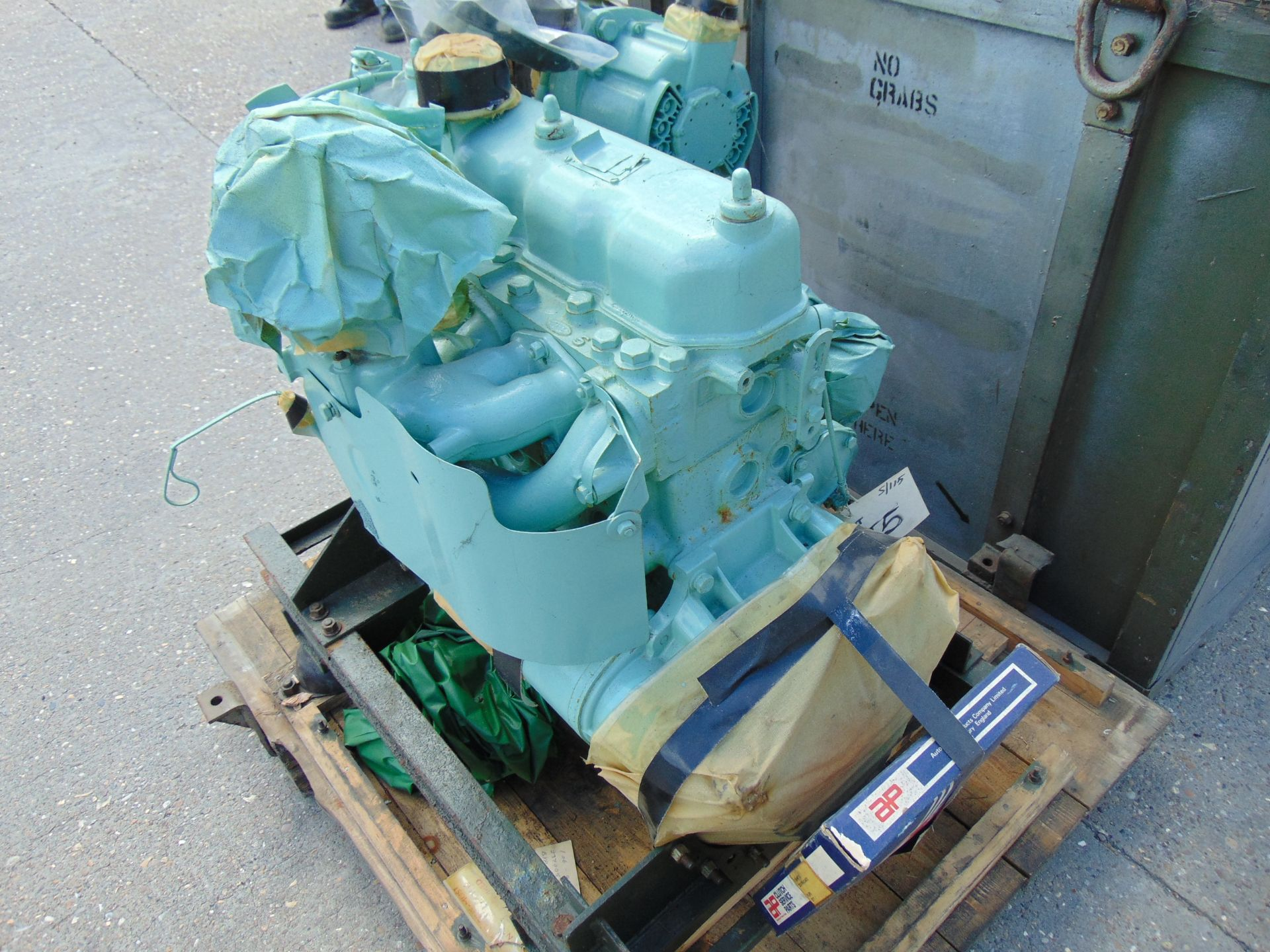 Lot 33 - A1 Reconditioned Land Rover Series 2.25L FFR Petrol Engine