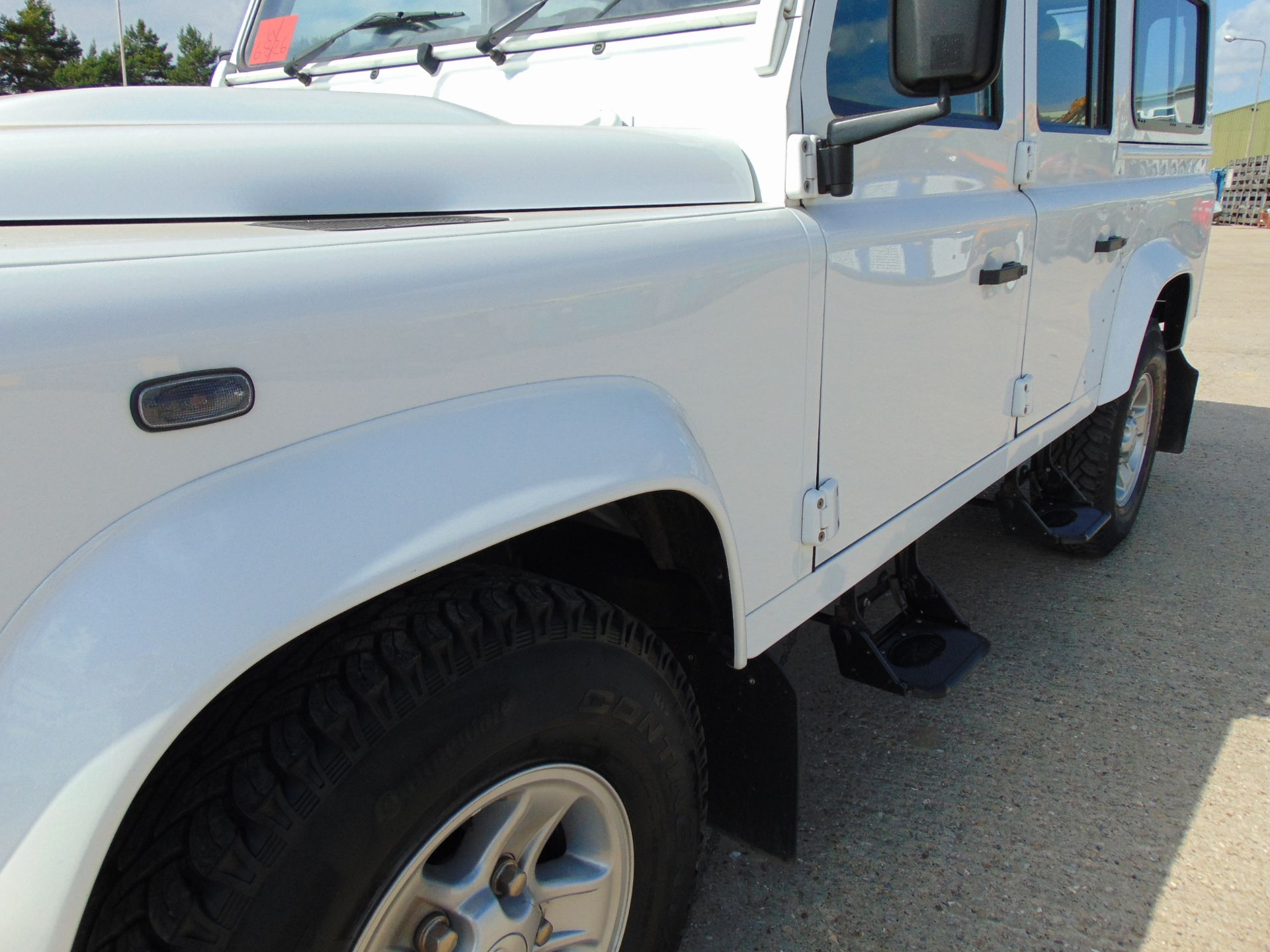 Lot 35 - 2015 Land Rover Defender 110 5 Door County Station Wagon ONLY 8,712 Miles!!!