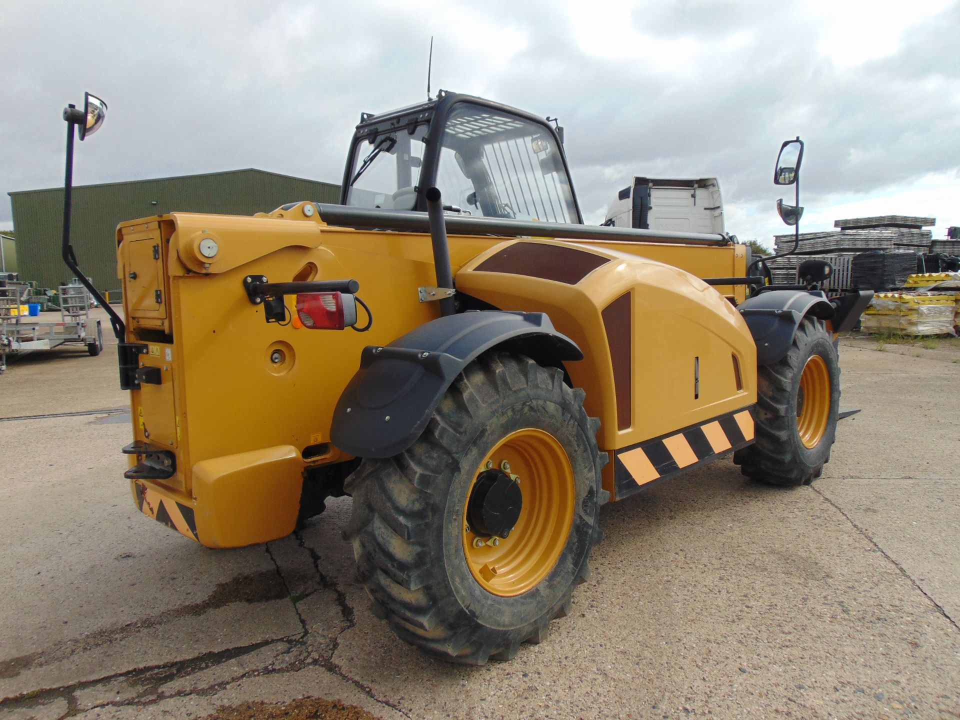 Lot 30 - 2014 Caterpillar TH414C GC 3.6 ton Telehandler
