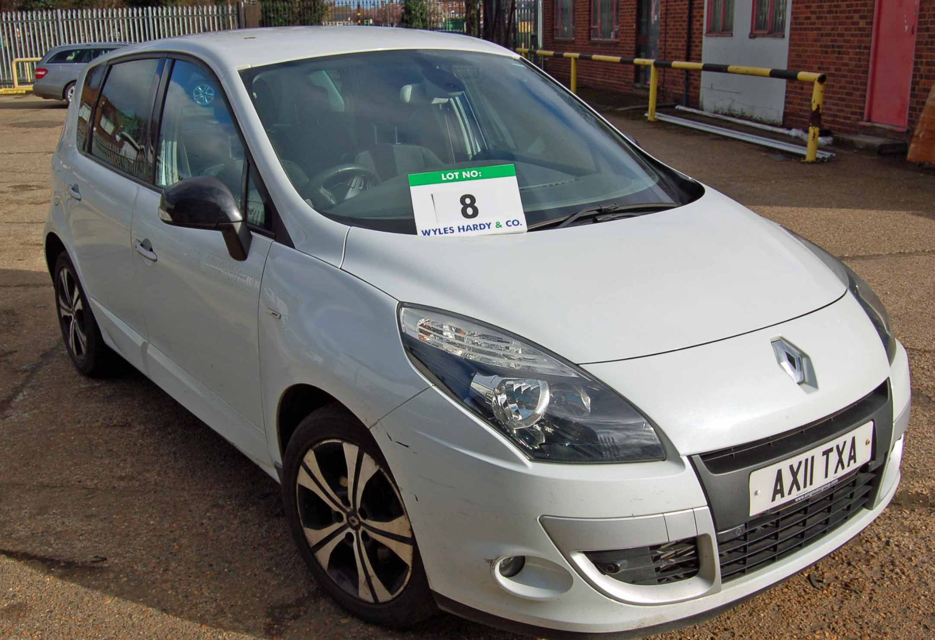 Lot 8 - A RENAULT Scenic 1.5 Dynamiq TT dciSA 5-Door, Automatic, Diesel, Hatchback MPV, Registration No.