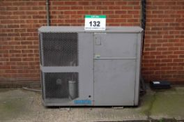 A SEARLE Model N2CU136-3MS Twin Fan Chiller Condensing Unit, Serial No. 374666 (THIS LOT IS USE
