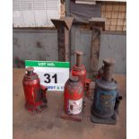 Lot 31 - Five Various Hydraulic Bottle Jacks (No Crank Handles) and Two Various Mild Steel Stands
