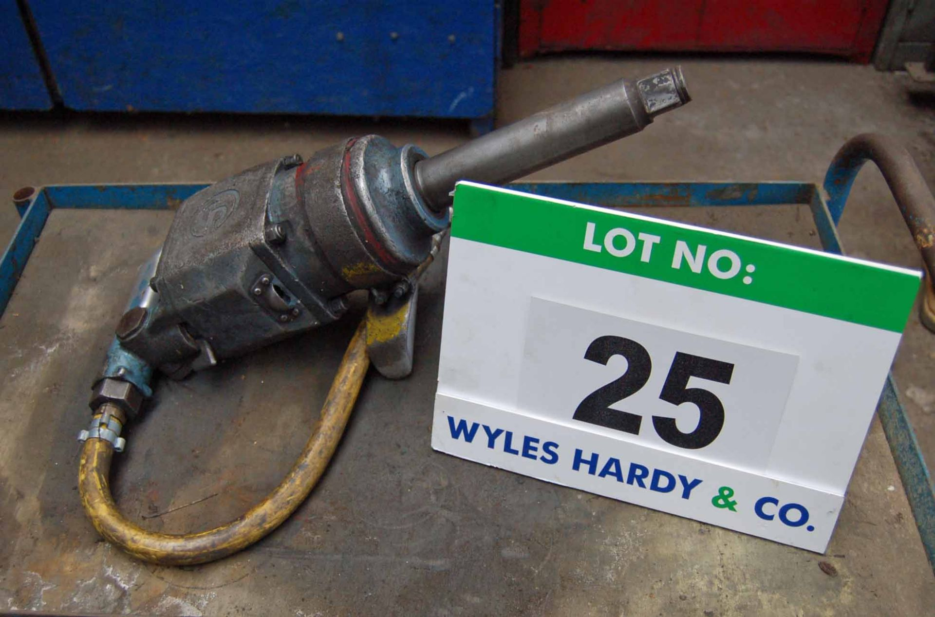Lot 25 - A CP Heavy Duty Pneumatic Impact Wrench