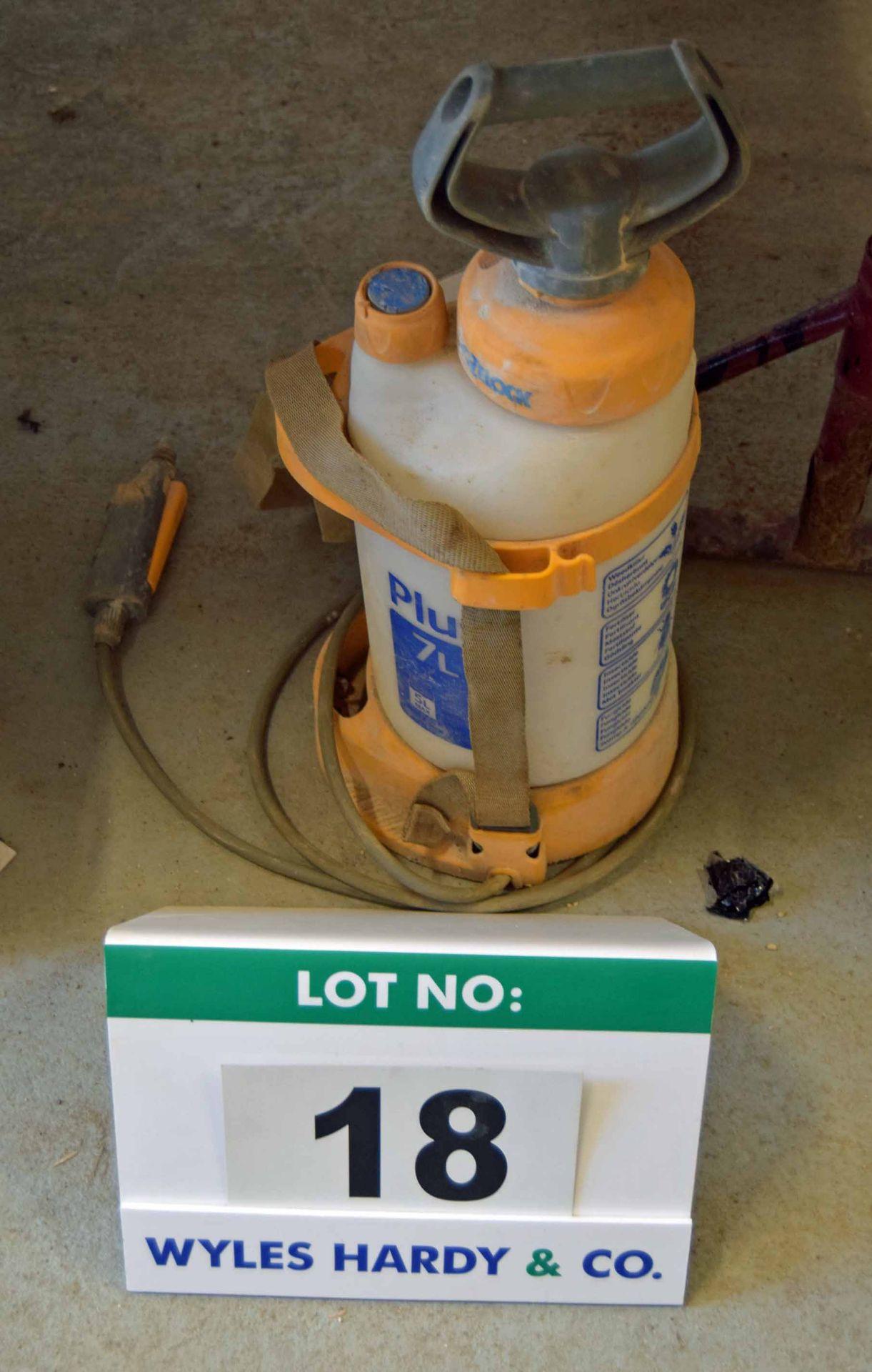 Lot 18 - A HOZELOCK Plus 7L 6-Litre capacity Manual Pressure Sprayer