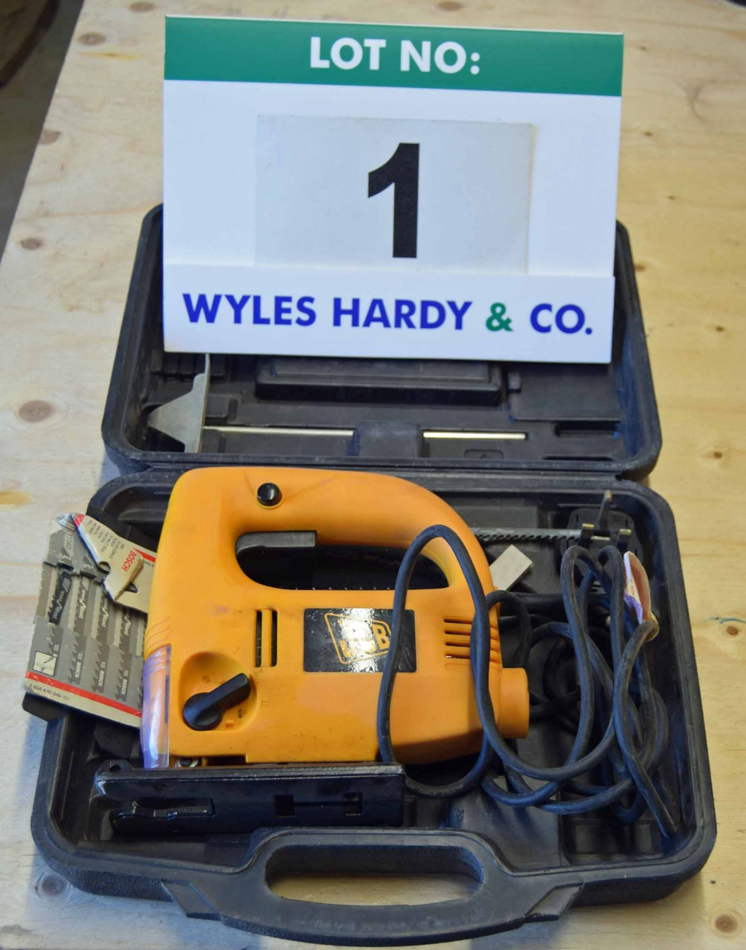 Lot 1 - A JCB 240V AC Variable Speed Jigsaw in Dedicated Plastic Carry/Storage Case