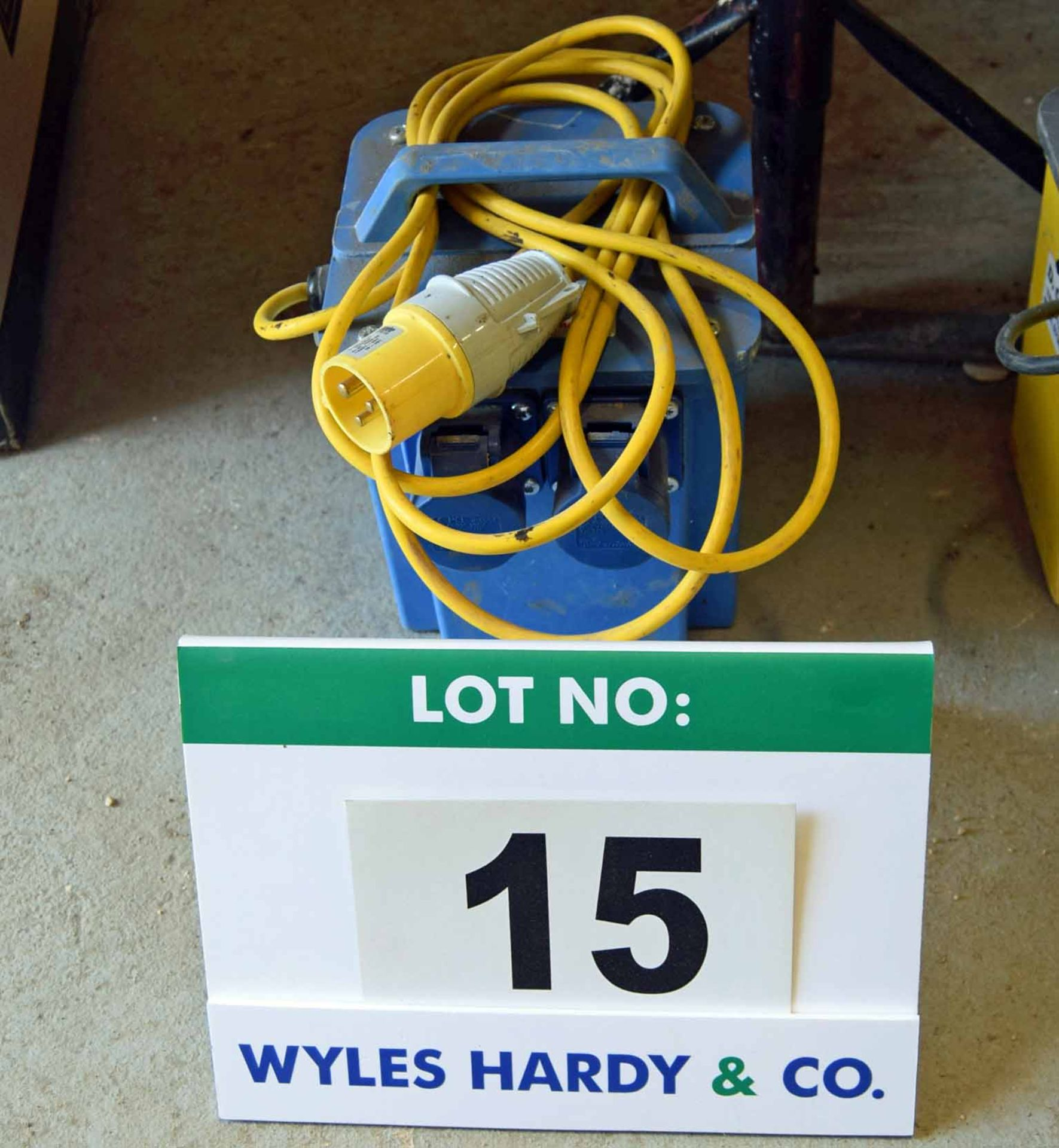 Lot 15 - A CARROLL & MEYNELL 1.5KVA Continuous/3.0KVA Intermittent, 110V In - 230V Out, Isolating Site