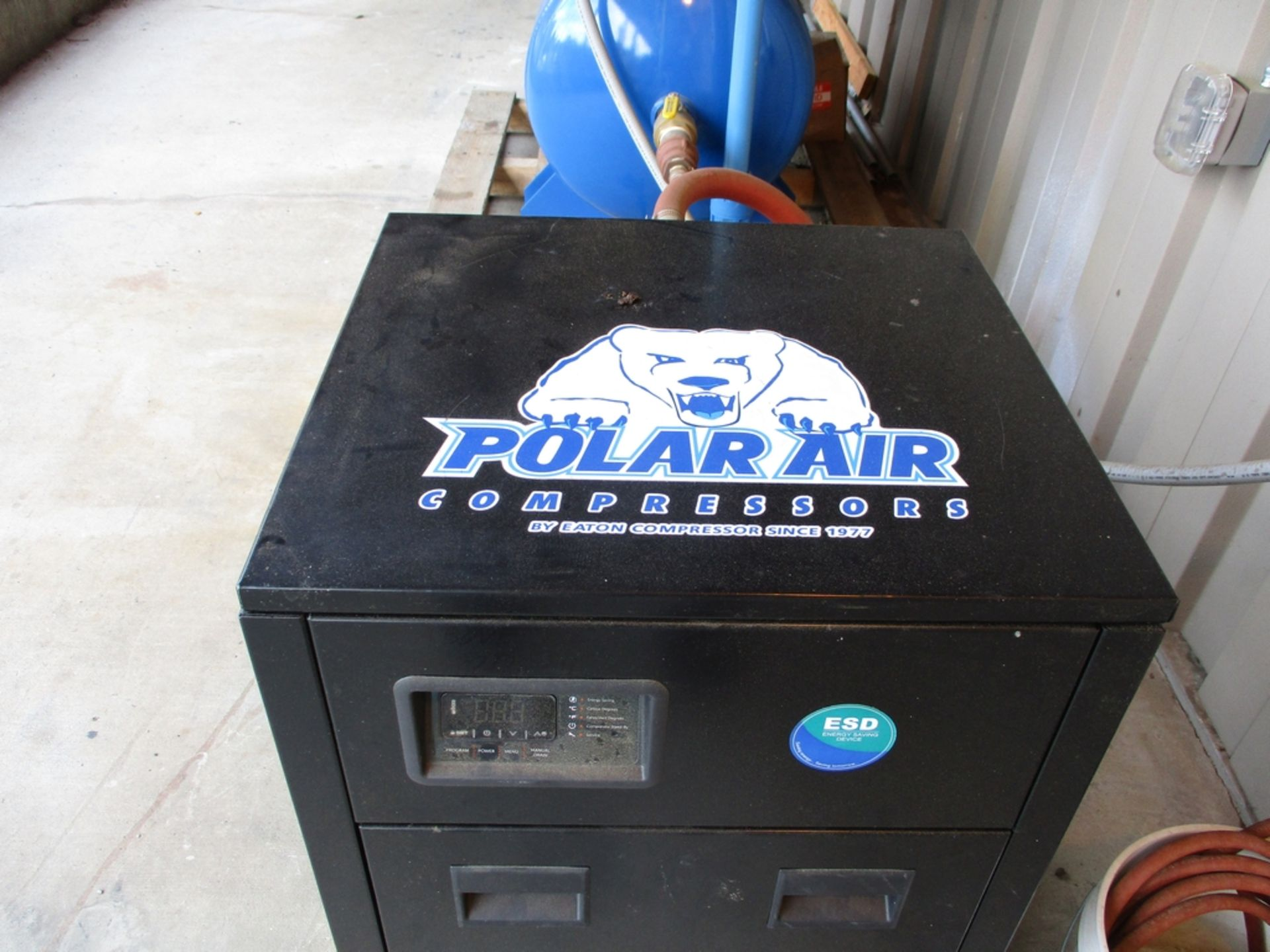 Lot 1001 - 2018 Polar 20 HP Air Compressor w/ Air Dryer - Model PP20H120V3; 175 PSI Max. - 89 SCFM; 120