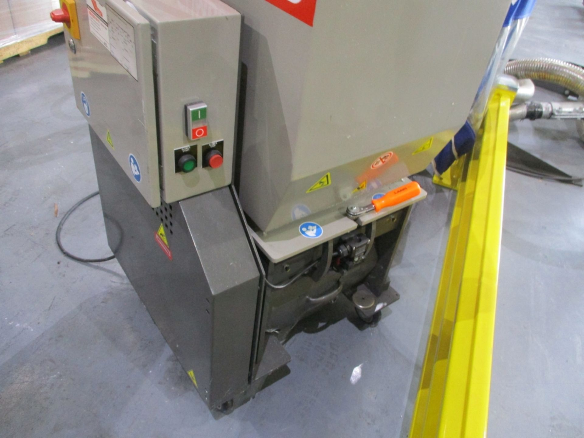 Lot 1003 - 2015 Cumberland 5 HP Scrap Grinder w/ Blower - Model: 6516; Includes Model A24F0 Blower and