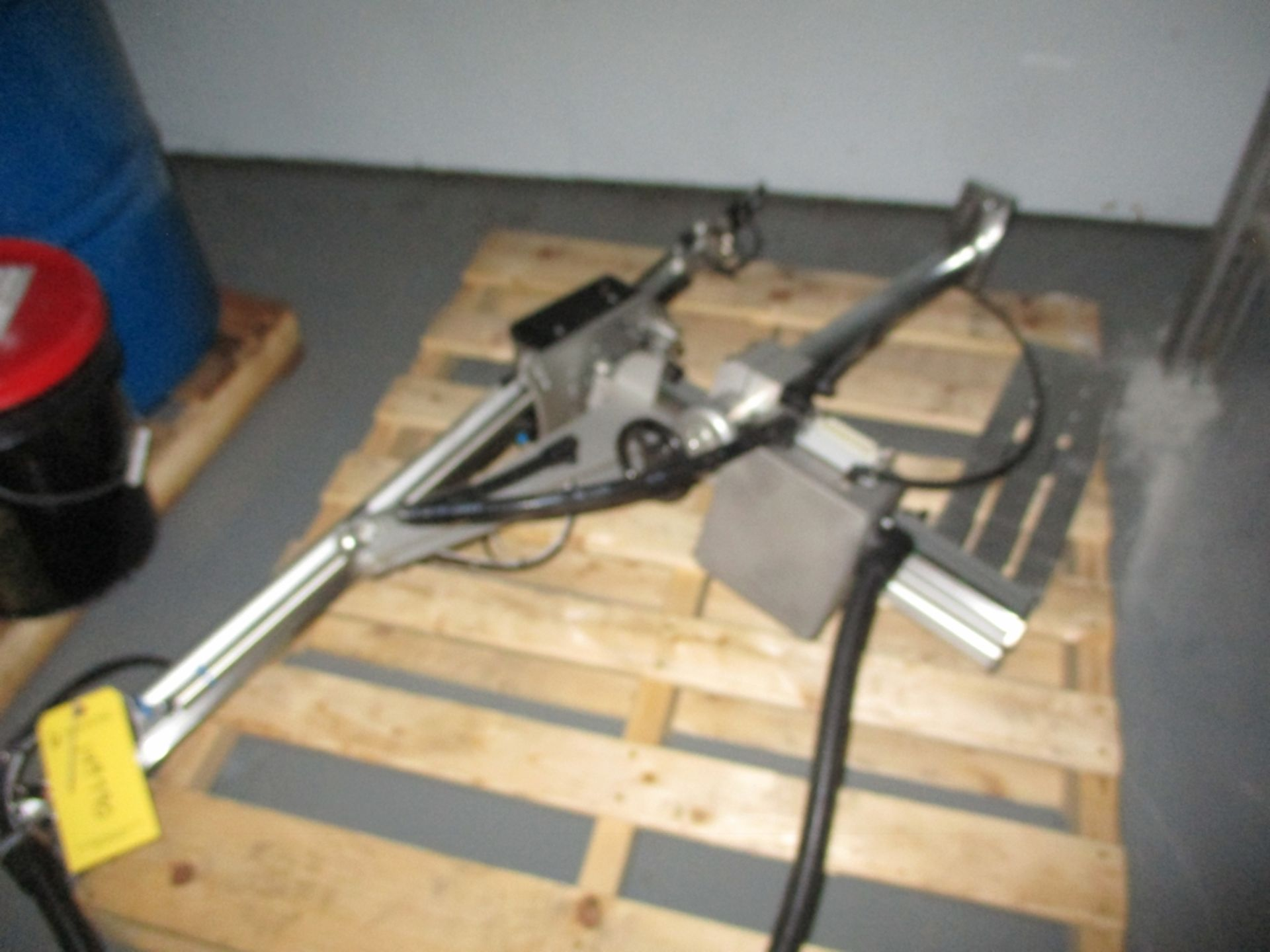 Lot 1026 - Sytrama SP100-S Manipulator Arm