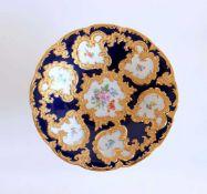 PRUNKSCHALE, Staatl. Porzellanmanufaktur Meissen, Rokoko Stil, kobaltblauer Fond, bunt/Gold, 7